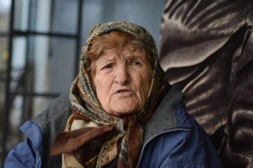 ИСПОВЕД НА КРАЛИЦАТА НА  ВЛАШКИ МАЃИИ: Таа е најпозната во Србија, таа им помогна на илјадници луѓе, но таа не може да оди во црква!