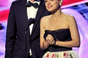 Најслатката холивудска двојка која ретко се сретнува на црвениот тепих,заљубени како првиот ден.