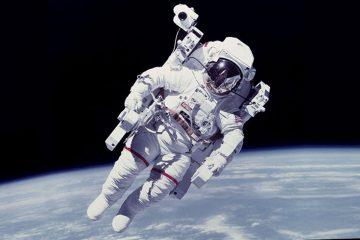 Пристигнува ново вселенско одело за астронаутите во кое ќе можат да извршат нужда.