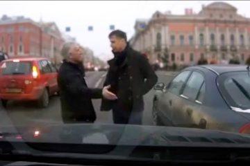 Доколку вашиот пат е во Русија тогаш пазете се од ваквите возачи. (ВИДЕО)