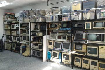 Овој човек ја продава својата компјутерска колекција на Твитер