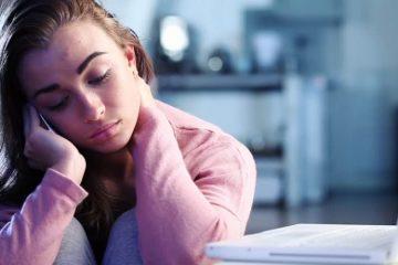 Тинејџерките стануваат депресивни поради социјалните мрежи.