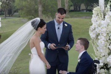 Неподвижен младоженец (26) проодел на своето венчање потпрен на сопругата: Момент на кој сите заплакаа (ВИДЕО)