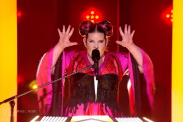 Погледнете како падна Нета победничката на Евровизија 2018 (ВИДЕО)