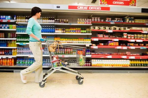 Прочитајте што содржи храната пред да ја купите