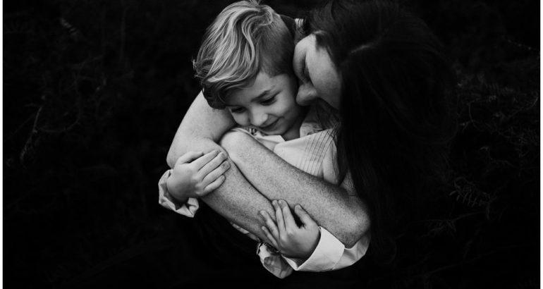 Средба после 10 години на мајка и син,никој не остана рамнодушен (ВИДЕО)