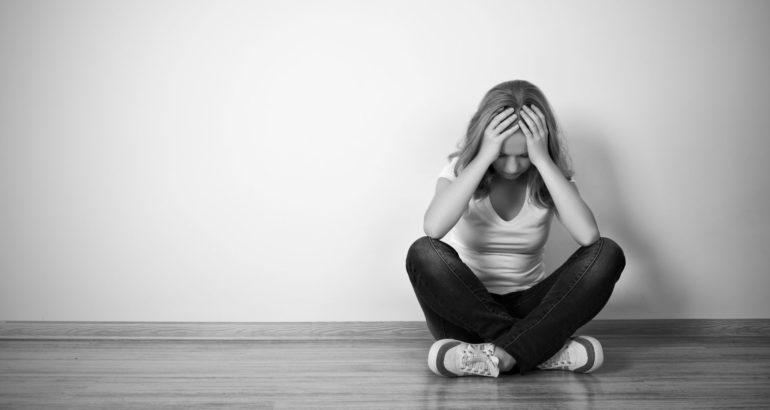 Ако сте во постојана депресија,уморни,збунете,или заборавате работи: Тоа се јасни симптоми дека ви недостига витамин!